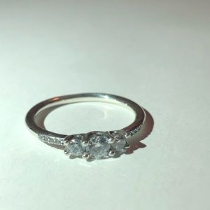 🧚🏿♀️FAIRYTALE SPARKLING RING 🧚🏿♀️